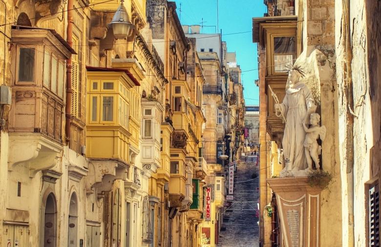 Battery Street, Valletta.jpg