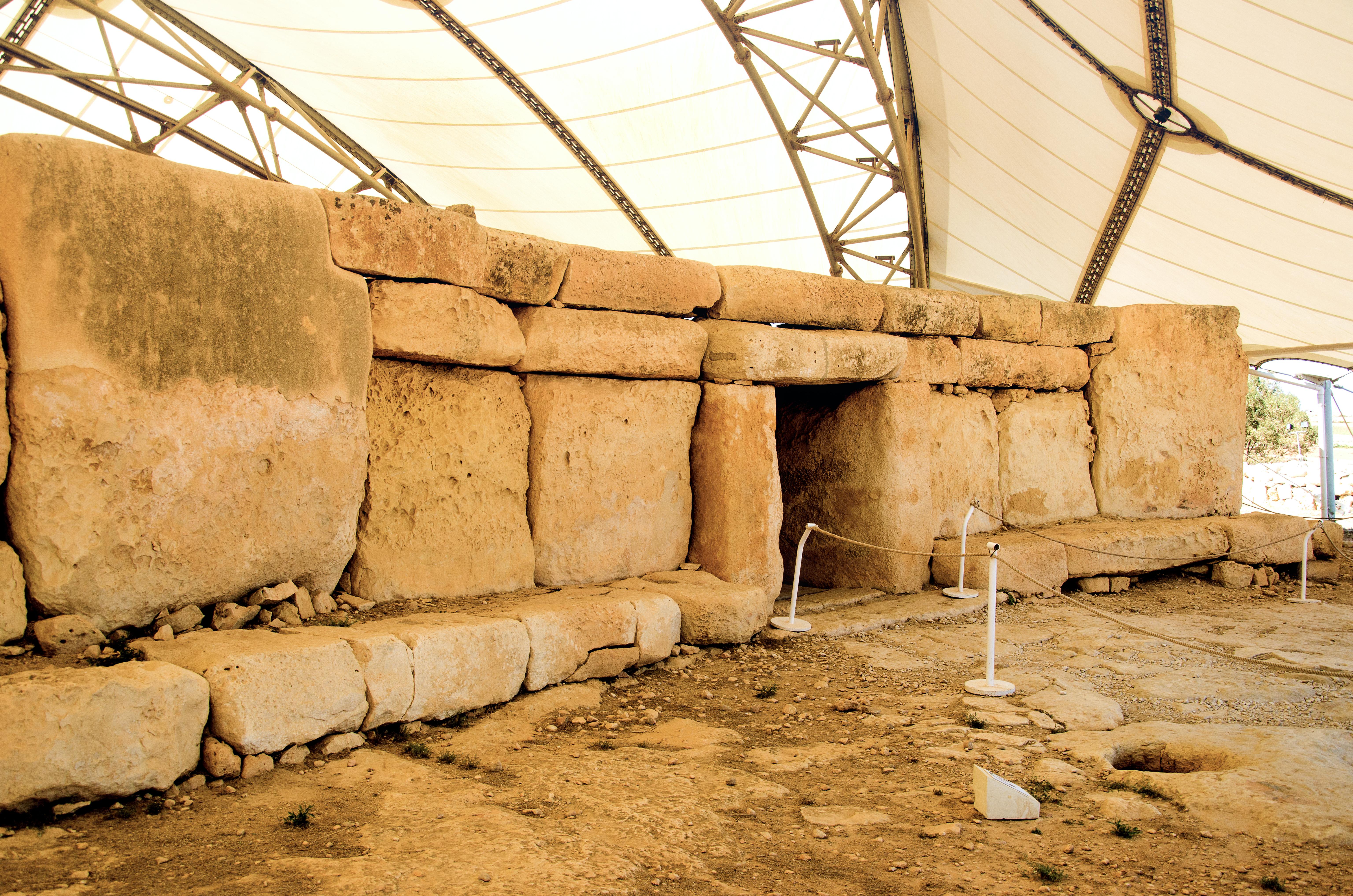 Hagar Qim Temple (20).jpg
