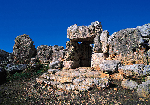 Ta Hagrat Temple